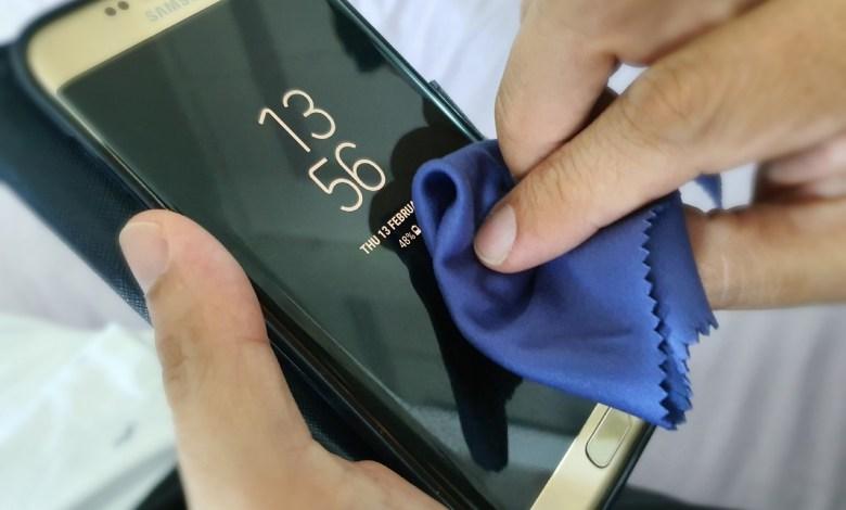 هكذا تعقمون هواتفكم لتجنب فيروس كورونا