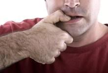 عادة قضم الأظافر : كيف تتخلص منها؟