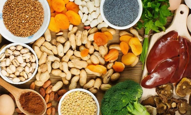 ماهي الأطعمة الغنية بالحديد التي ينبغي تضمينها في نظامك الغذائي ؟
