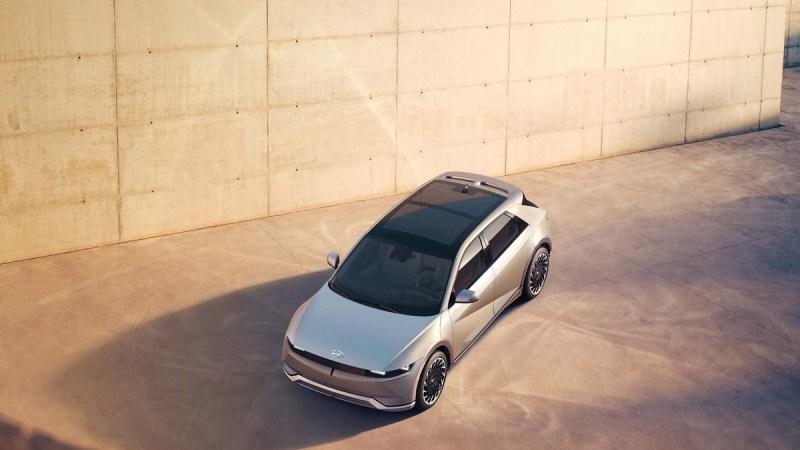 هيونداي تكشف عن سيارتها الكهربائية الجديدة Ioniq 5