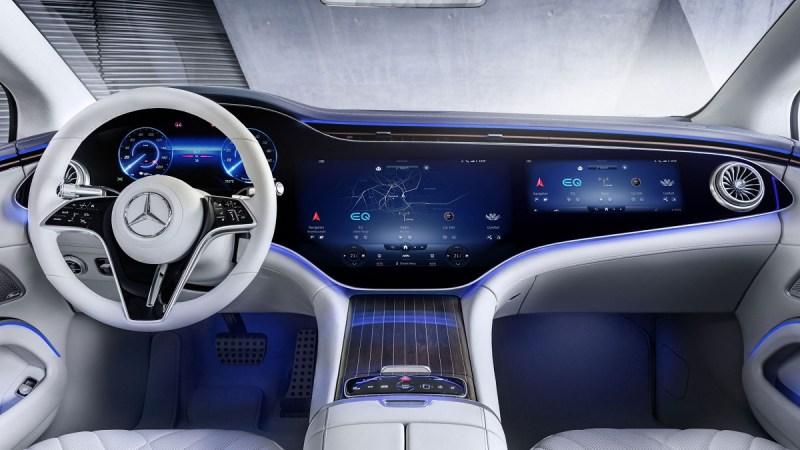 الإعلان عن التصميم الداخلي المبهر لسيارة مرسيدس EQS