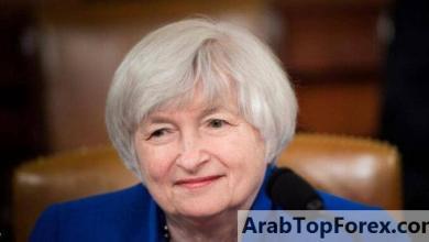 صورة وزيرة الخزانة الأميركية تقلل من مخاوف التضخم بسبب حزمة كوفيد