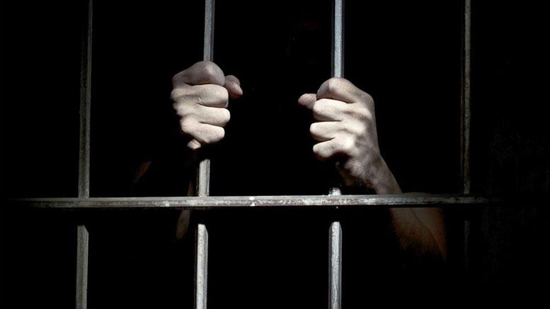 طارق صبي السجن للكاتب بولنوار قويدر