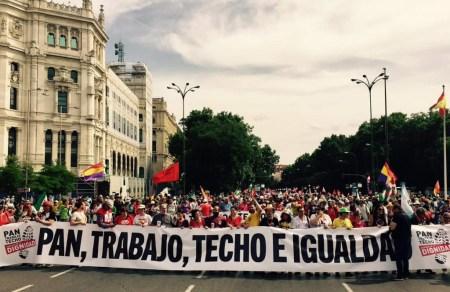 Miles de personas salen a las calles con las Marchas de la Dignidad
