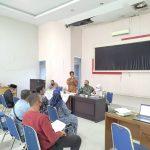 Camat Lueng Bata Pimpin Rapat Evaluasi Pilchiksungtak