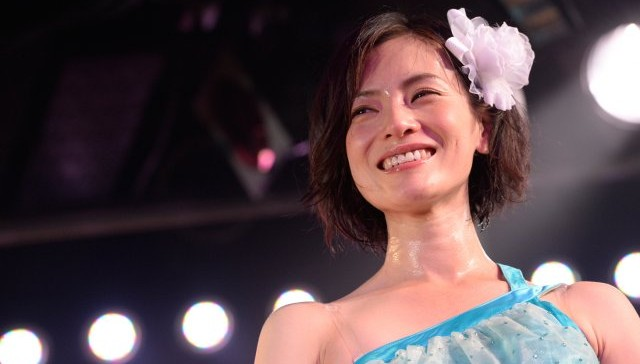 38-year-old AKB48 member announces graduation in new CM