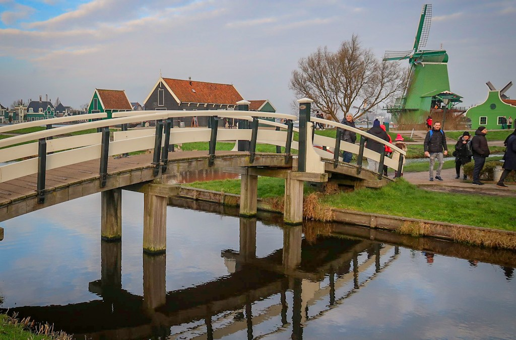 Amsterdam Windmill Tour: The Zaanse Schans Windmill Village