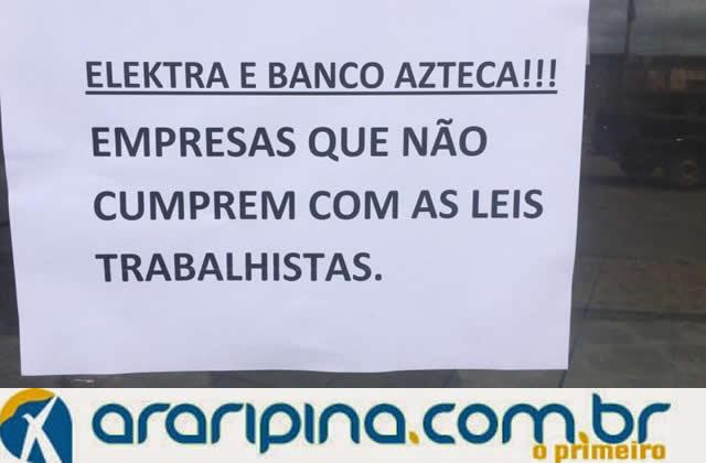 Em Pernambuco, ex-funcionários protestam contra demissão em massa