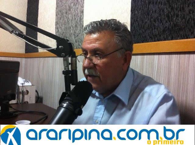 """""""Evilásio Mateus é o meu candidato a Prefeito em Araripina!"""", anunciou Lula Sampaio."""