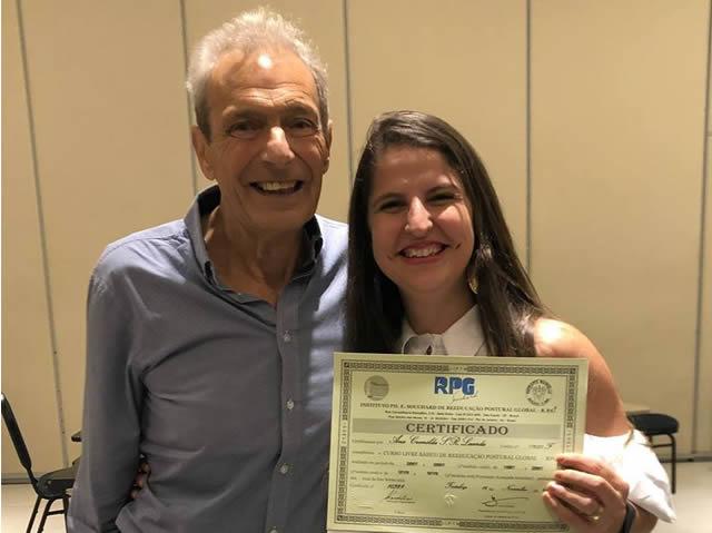 Fisioterapeuta Ana Cremilda é certificada pelo criador do RPG