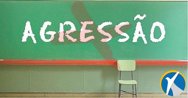 Família de aluno que agredir professor será responsabilizada. Saiba como funciona a lei