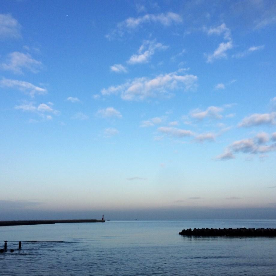 【ARATA HOUSEメルマガ Vol.71】淡路島で朝靄の海を眺めながら。|2015/12/21発行