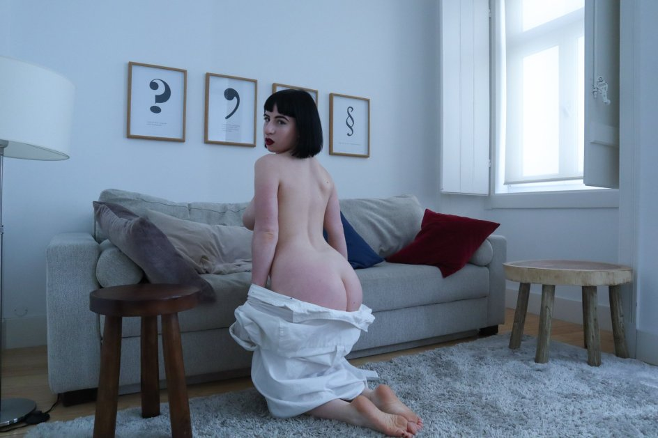 #B11 naked therapist (18)