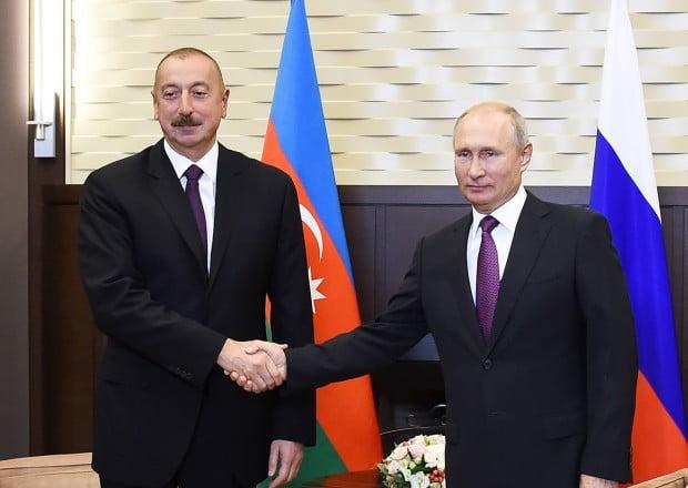 İlham Əliyev Putini təbrik etdi 11 İyun 2021