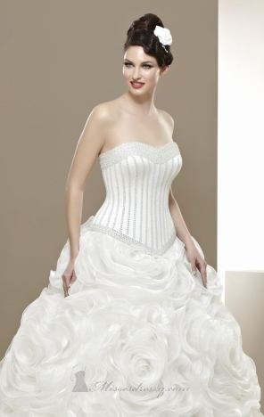 فساتين اعراس - 2013 - 10