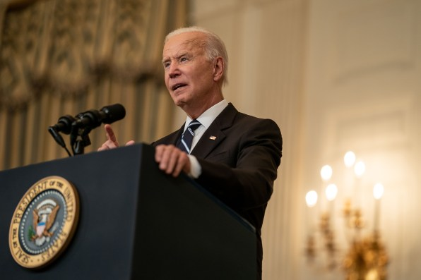 President Joe Biden delivers remarks on his plan to stop the spread of the delta variant and boost COVID-19 vaccinations, in the State Dining Room of the White House complex on Sept. 9, 2021, in Washington, D.C. (Kent Nishimura/Los Angeles Times/TNS)