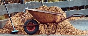 mulch wheelbarrow