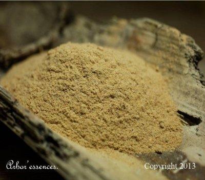 Poudre de bois de santal