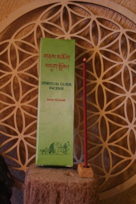 spiritual_guide_encens_tibetain