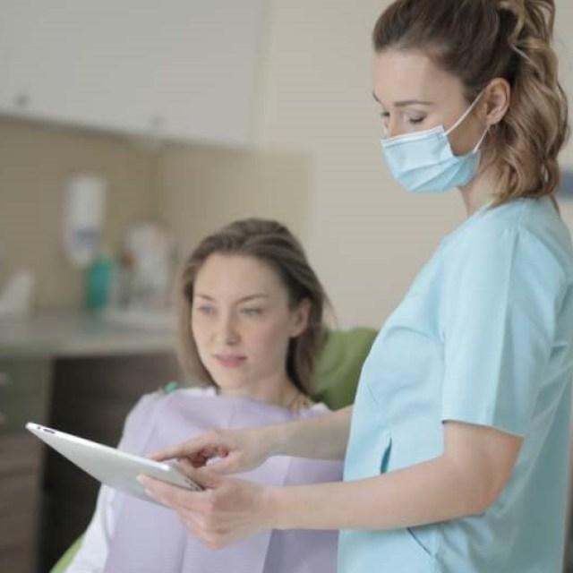 nuages gris pluie paysage ralenti