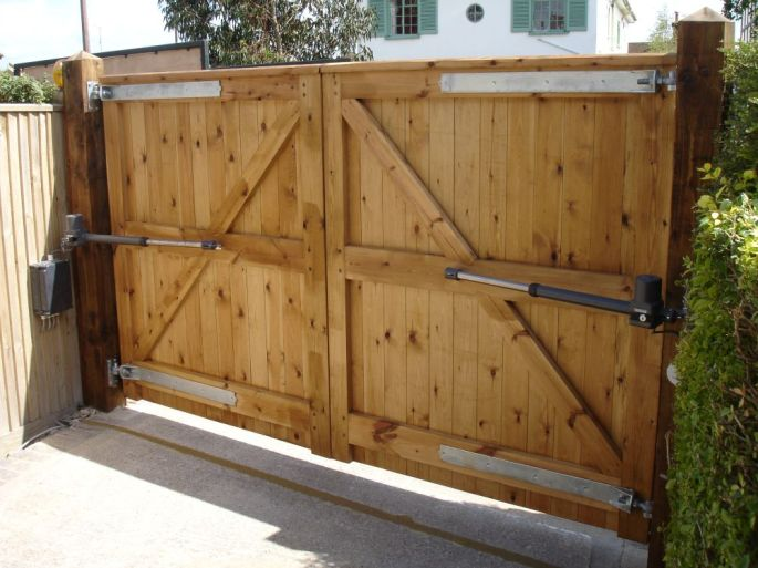 Electric gates, Wooden gates, Driveway gates, Brighton & Hove, Sussex