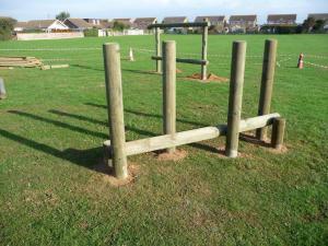 Horizontal timber balance bar with uprights