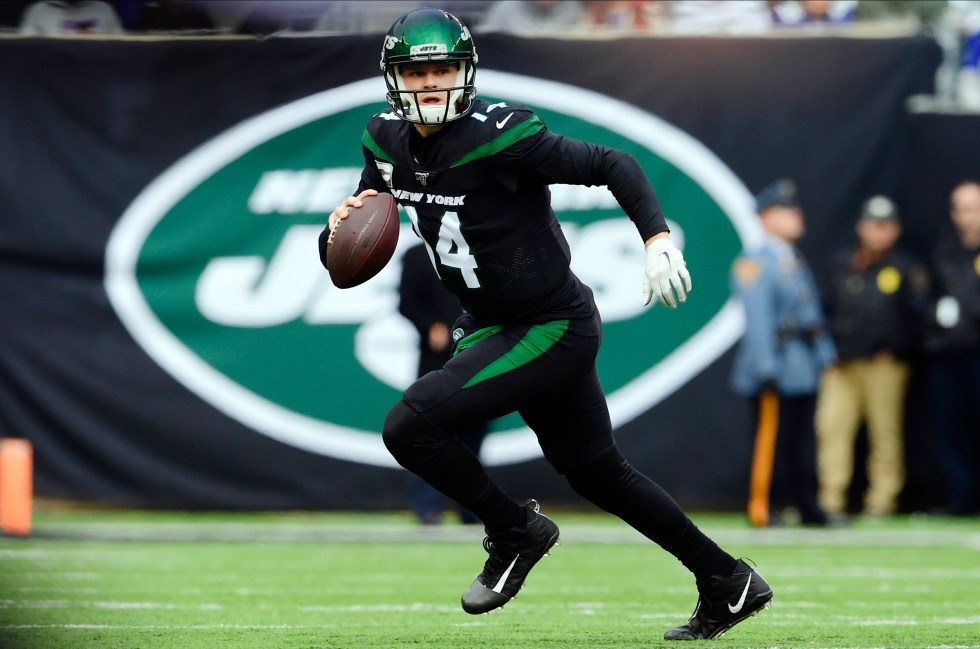 Jets' Sam Darnold self-quarantines during coronavirus pandemic ...