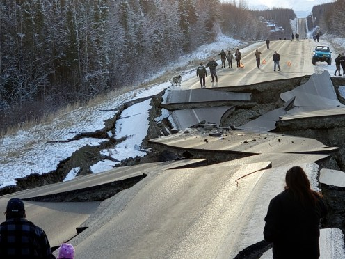 Alaska still shaking with aftershocks from 7.0 earthquake - oregonlive.com