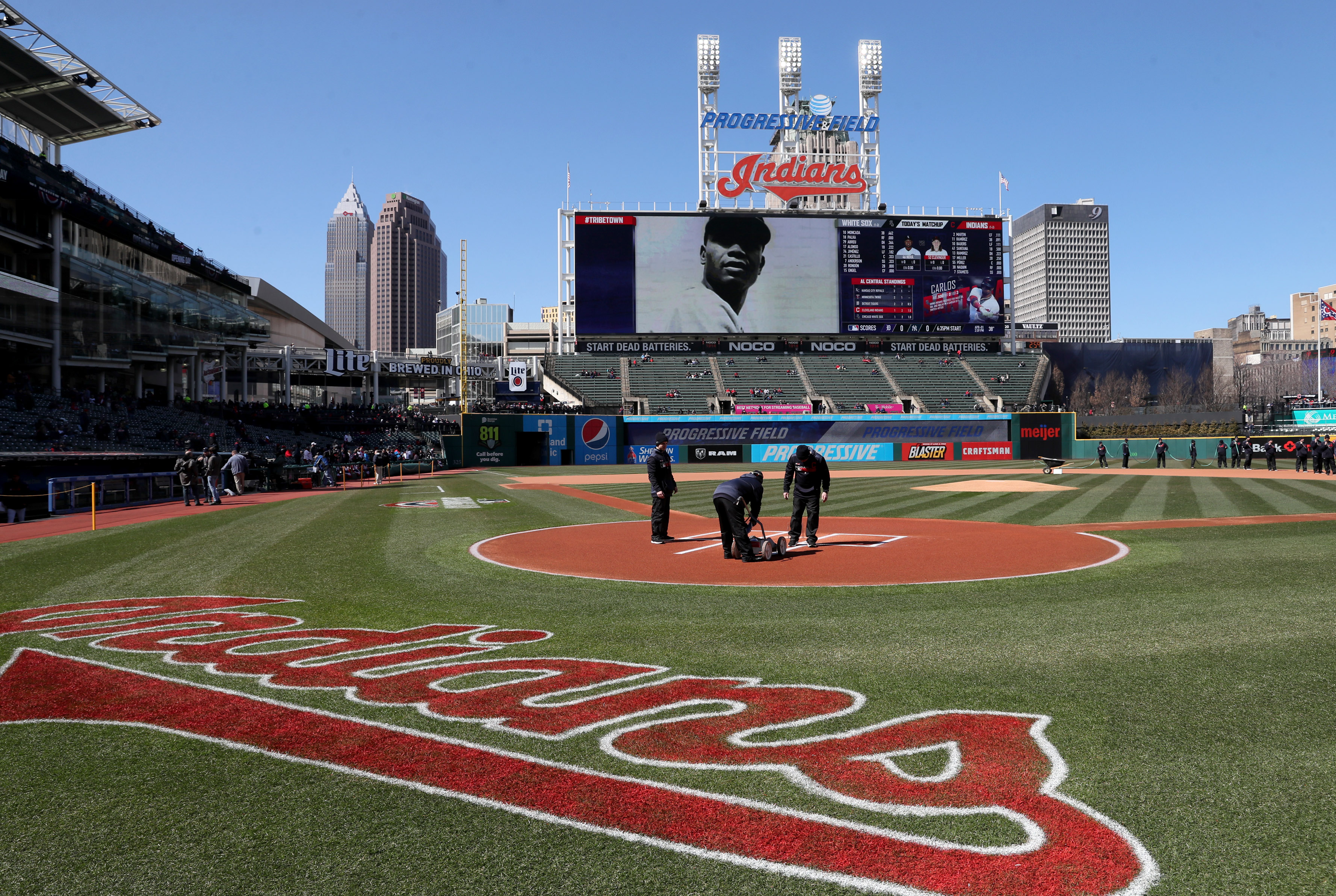 cleveland indians seek new lighting and temperature control system for progressive field cleveland com