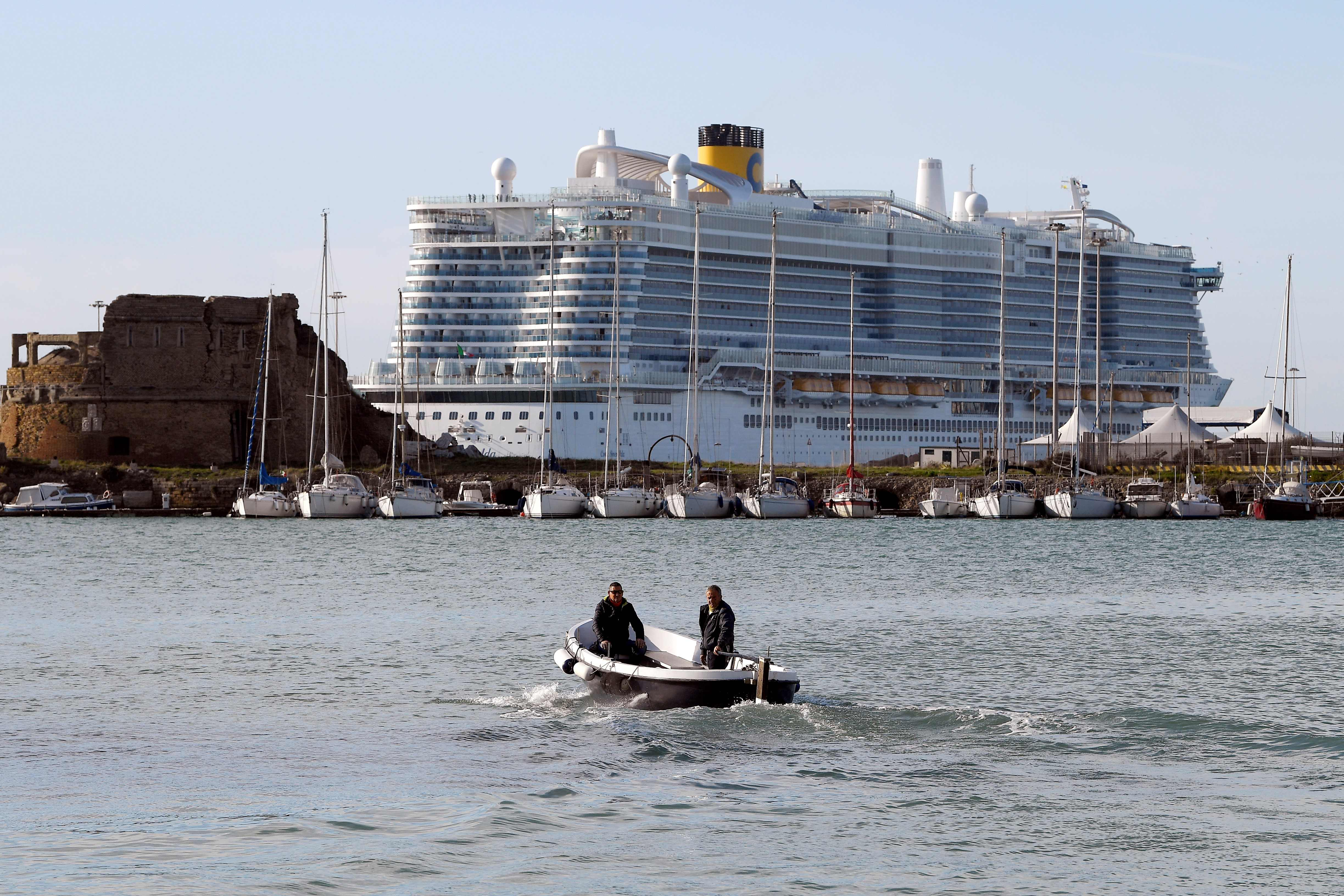 Possible coronavirus case traps 7,000 on Carnival cruise ship in ...
