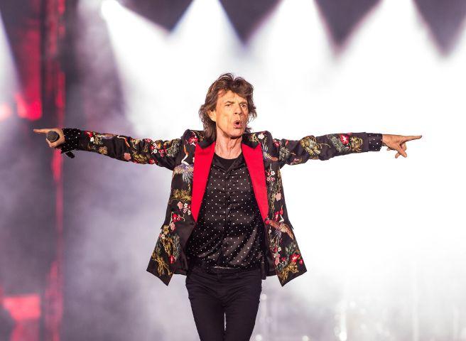 Se mueve como Jagger: vocalista de los Rolling Stones demuestra su exitosa recuperación - La Tercera