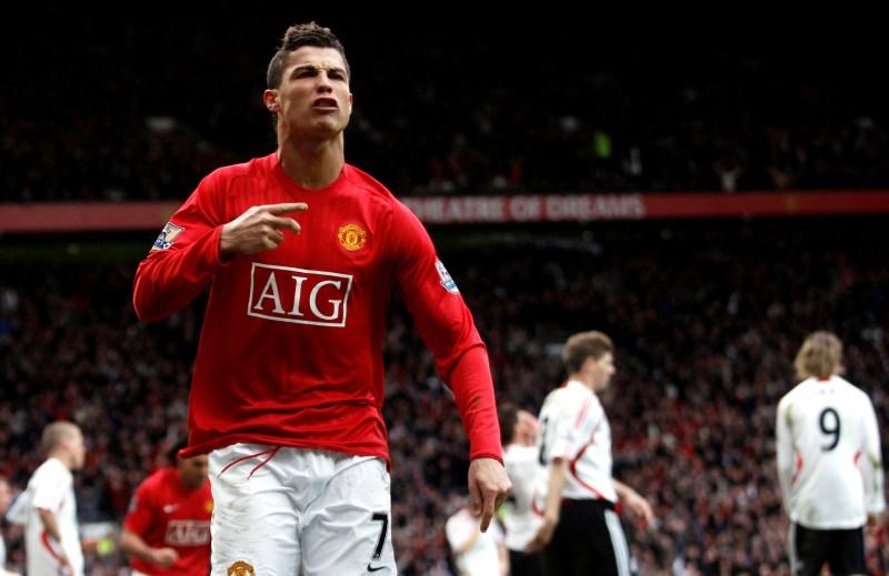 La metamorfosis de Cristiano Ronaldo: cómo lo obligaron a jugar en equipo  en el Manchester United - Infobae