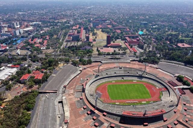 El estadio Olimpico Universitario de la ciudad de México y sus calles aledañas.
