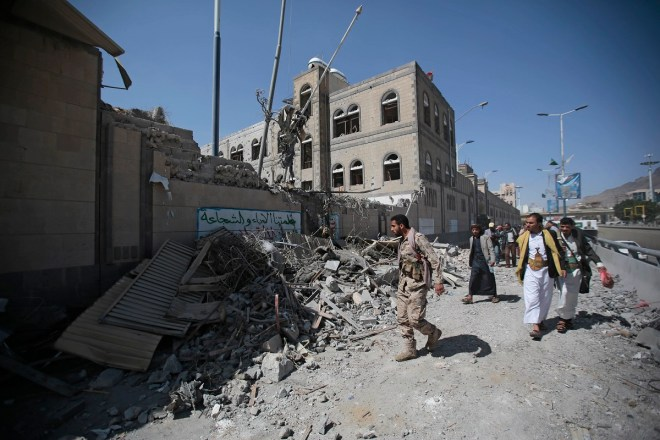 Report: Trump mulling direct US military action to take Yemen port