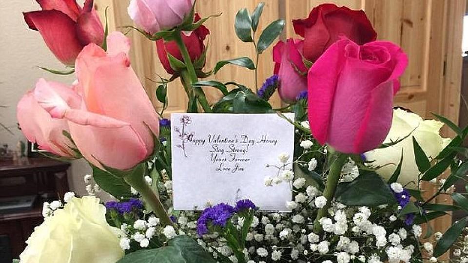 Blumen vom toten Ehemann Witwe an Valentinstag berrascht