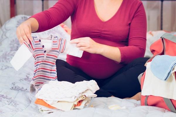 Como montar o enxoval do bebê