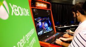 The New Killer Instinct Gets It's Turn As An Arcade Prop At MLG