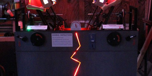 A New Electromechanical Arcade Game Twist On Tug-O-War: Divorce