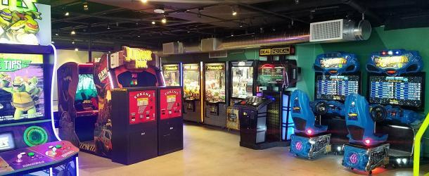Location News: Subpar Mini Golf (CA);1985 Arcade Bar + Grill (KS); Ryan Family Amusements (MA); & More Upcoming