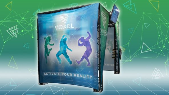 Voxel Mixed Reality by Scale-1 Portal