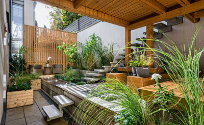 Modern landscape materials provide a clean contemporary look