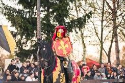 Ritter mit Schild zu Pferd