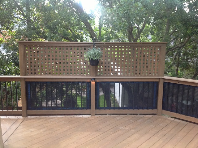 Columbia SC Custom Deck Features For Privacy