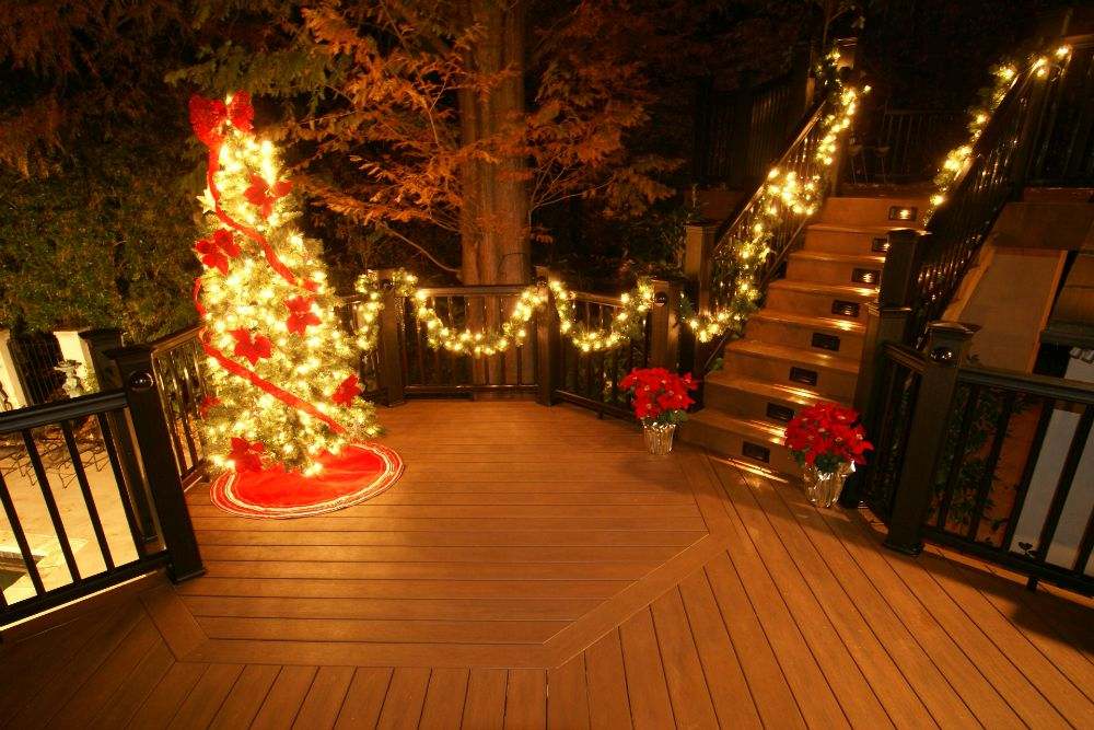 Outdoor Christmas Decorations Ideas and Resources from Archadeck  St Louis decks screened