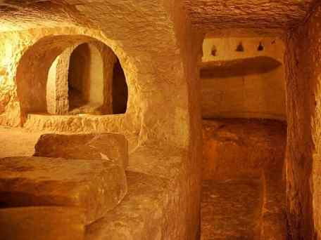Risultati immagini per catacombs malta rabat