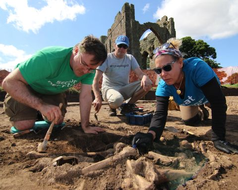 Unearthing a charnel pit on Lindisfarne