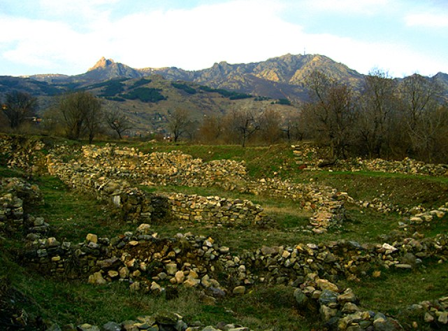 Ruins of the Late Antiquity and medieval fortress Kaleto near Koshnitsa, Smolyan District, Southern Bulgaria. Photo by Smolyan Regional Museum of History