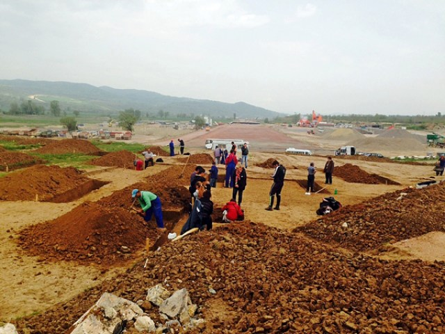 The rescue excavations of the Early Neolithic settlement near Bulgaria's Mursalevo will be extended for a second time, and will be resumed in April 2015. Photo: Blagoevgrad.eu