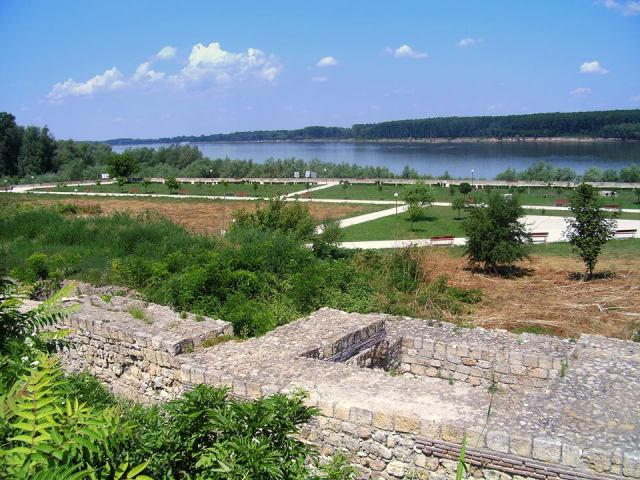 Part of the ruins of the Transmarisca Fortress in Tutrakan with a view of the Danube. Photo: Transmarisca Facebook Page