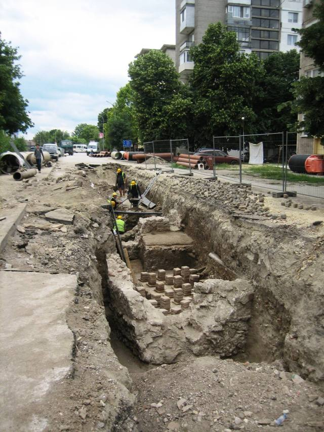 Archaeologists in Bulgaria's Danube city of Silistra have discovered the outer fortress wall as well as a number of buildings from the Ancient Roman city of Durostorum, and medieval structures from the periods of the Byzantine, Bulgarian, and Ottoman Empires. Photo: Krasimir Koev
